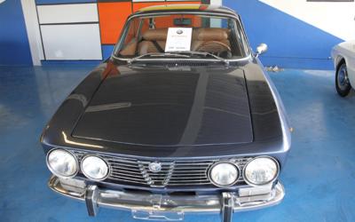Vendue — Alfa Roméo GTV 2000